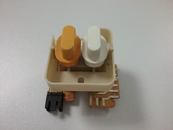 Miele W989i Waschmaschine - Drucktastenschalter 2DX/11 gehäuseweiss T.Nr.: 4510721